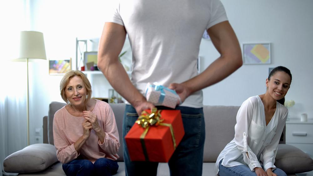 Cosa regalare alla suocera per Natale - Frasi e Pensieri